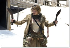 resident_evil_extinction_milla_jovovich_with_knives